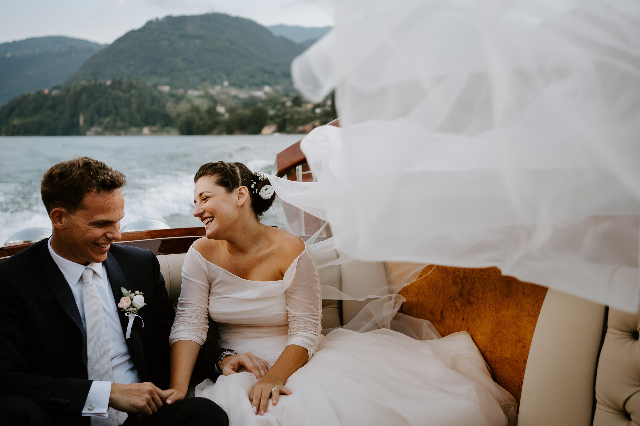 0036-Lake como destination wedding