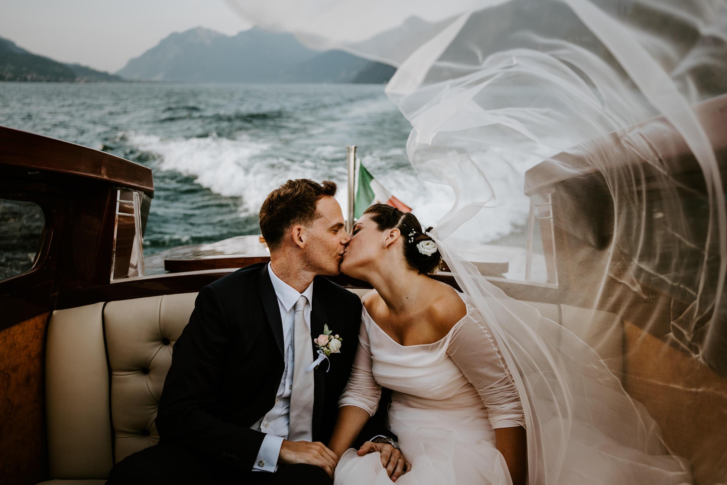 0039-Lake como destination wedding